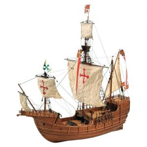 Wooden Model Ship: Santa María Caravel
